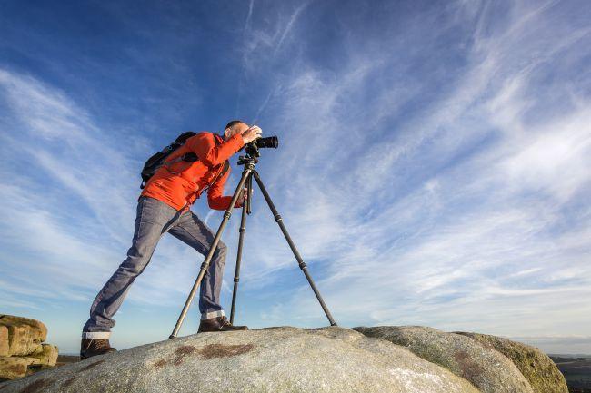 mua phụ kiện nào cho máy ảnh đi du lịch