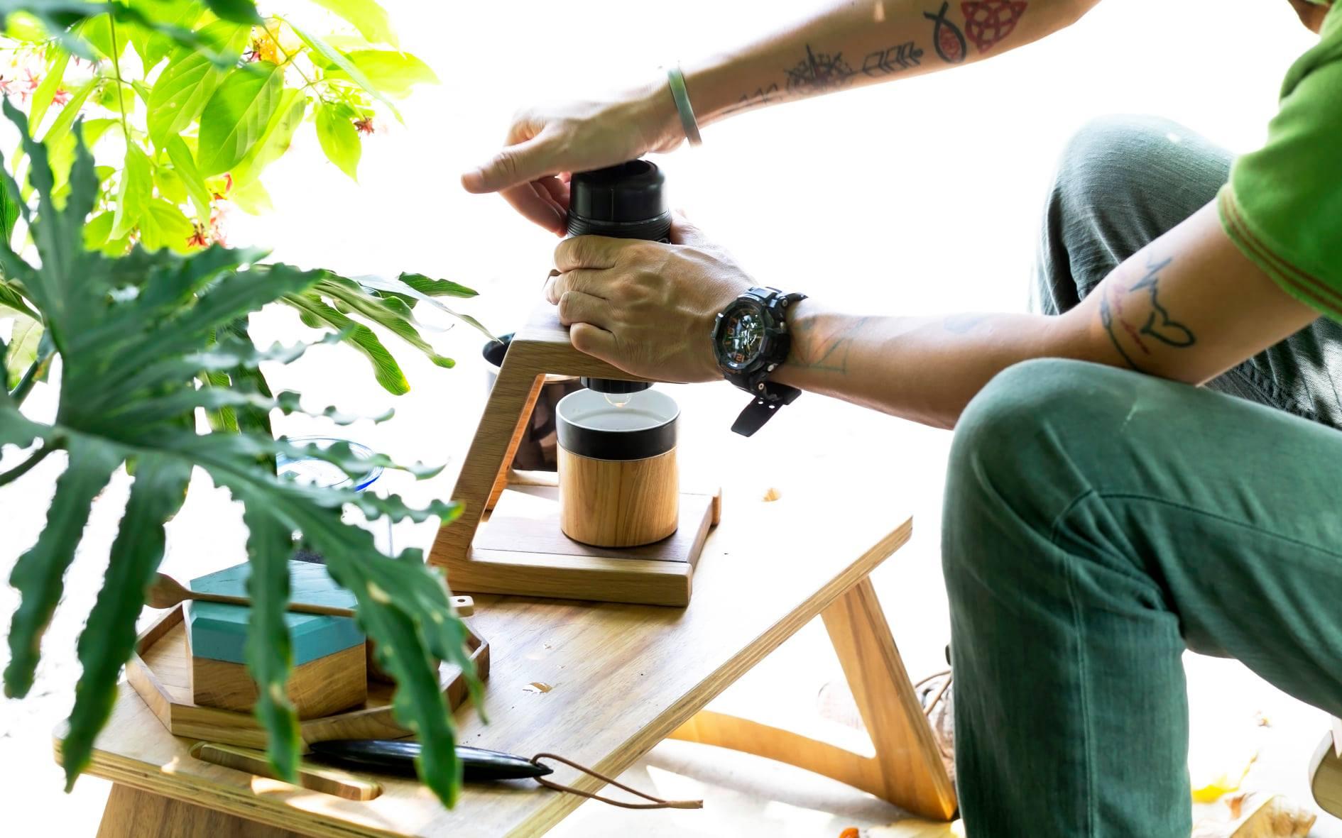 máy pha cà phê cầm tay